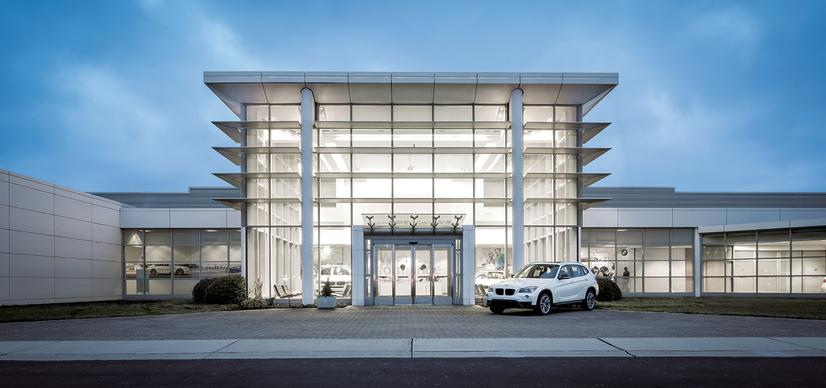 Name:  20_Years_of_BMW_Performance_Center_Driver_Training_and_Experiences_Spartanburg_SC_(2)__mid.jpg Views: 2093 Size:  44.8 KB
