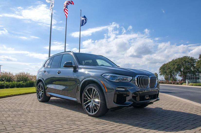 Name:  20_Years_of_BMW_Performance_Center_Driver_Training_and_Experiences_Spartanburg_SC_(3)__mid.jpg Views: 2045 Size:  71.7 KB