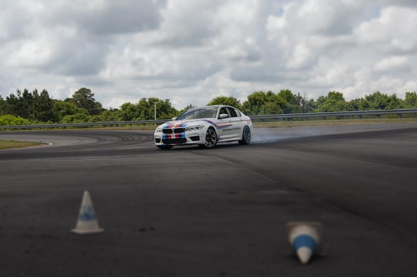 Name:  20_Years_of_BMW_Performance_Center_Driver_Training_and_Experiences_Spartanburg_SC_(8)__mid.jpg Views: 2050 Size:  37.0 KB