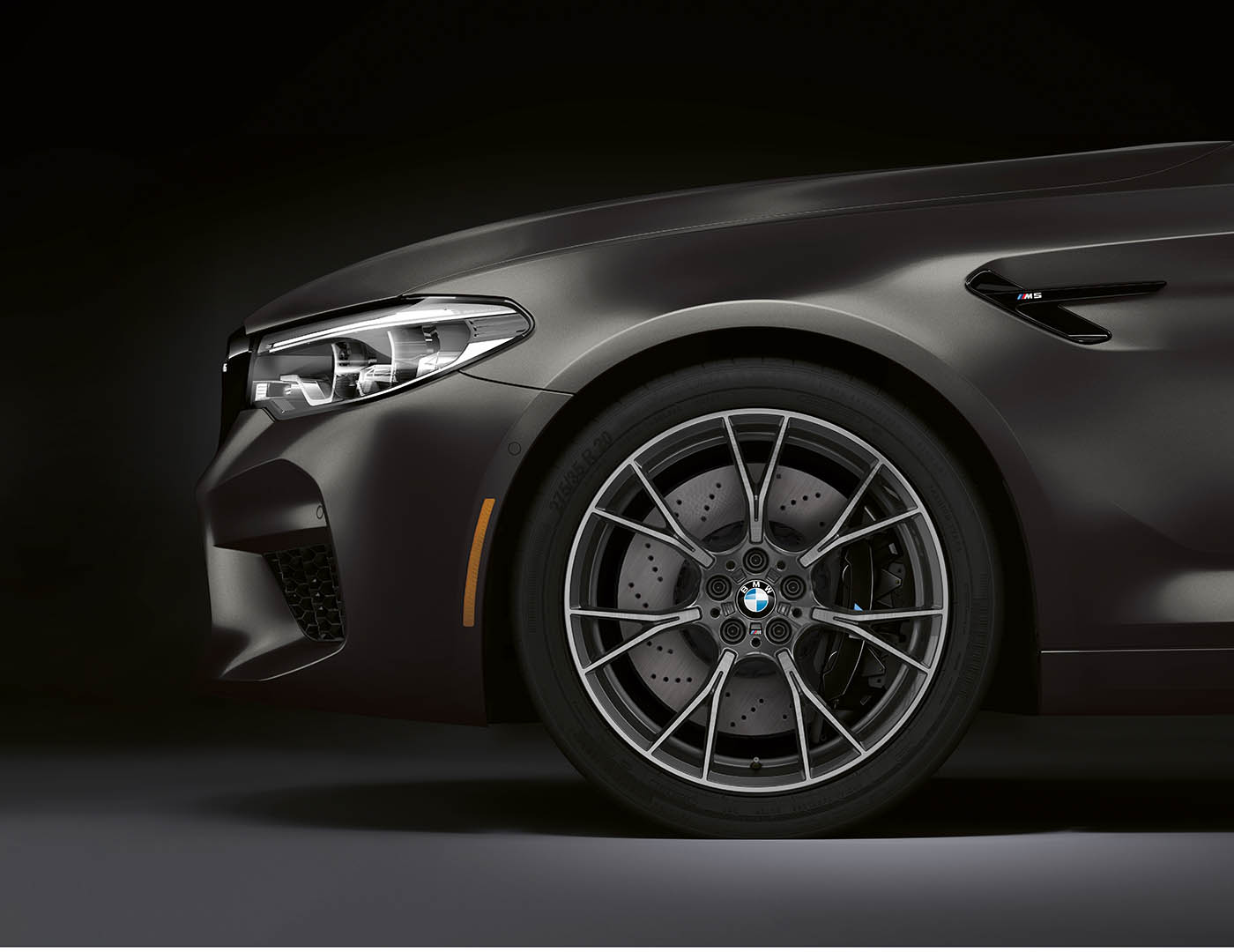 Name:  The 2020 BMW M5 Edition 35 Years. US model shown. (5).jpg Views: 12768 Size:  119.2 KB