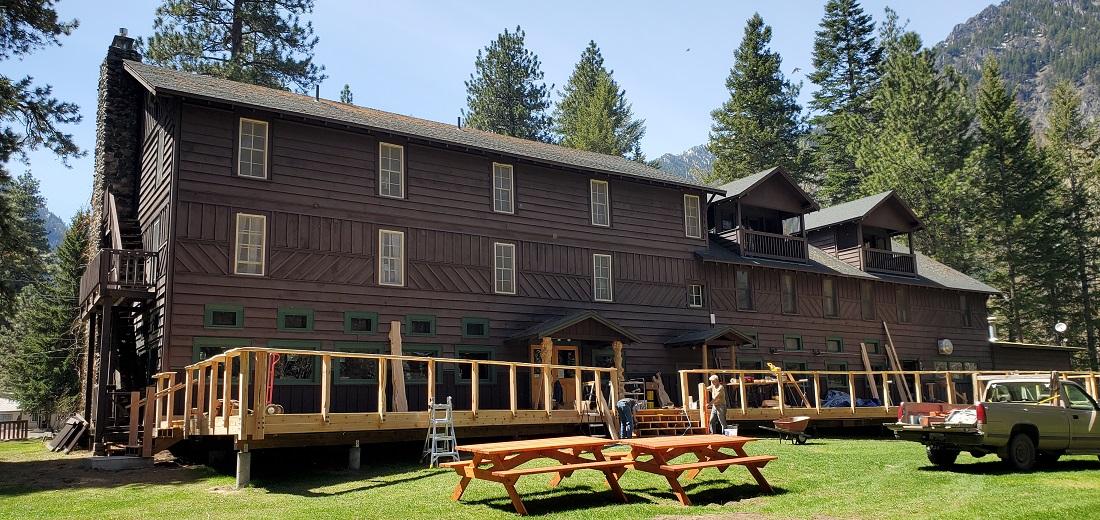Name:  Lodge 2.jpg Views: 3614 Size:  336.6 KB