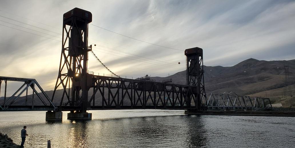 Name:  18th Street Bridge.jpg Views: 3561 Size:  202.6 KB