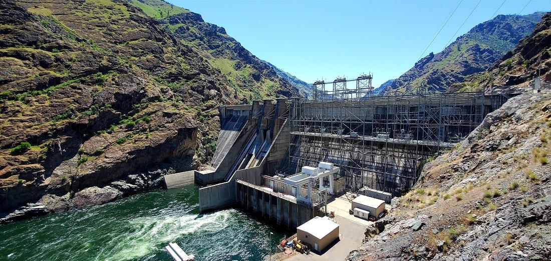 Name:  Hells Canyon Dam.jpg Views: 3326 Size:  402.7 KB