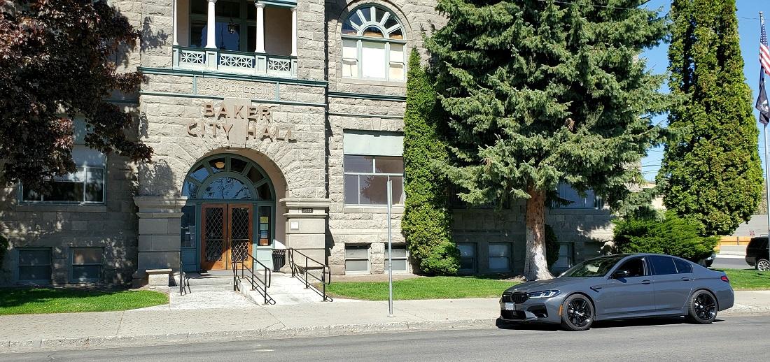 Name:  Car59 Courthouse.jpg Views: 3269 Size:  363.9 KB