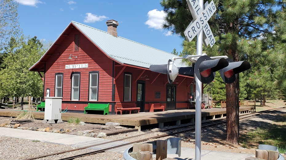 Name:  Train Station.jpg Views: 3230 Size:  300.8 KB