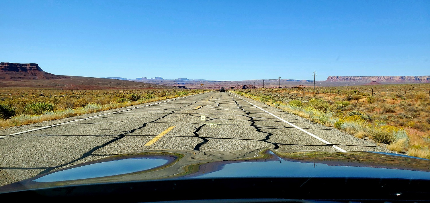 Name:  US Hwy 163 heading west to Mexican Hat.jpg Views: 9787 Size:  433.2 KB